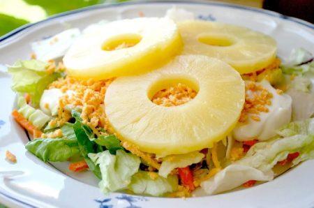 салат сырно-ананасовый