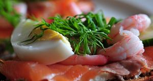 Рецепт приготовления бутерброда «Морской коллаж»
