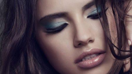 Прикрываем усталость за макияжем