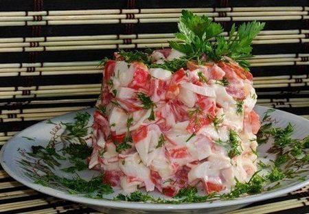 salat-krasnoe-more