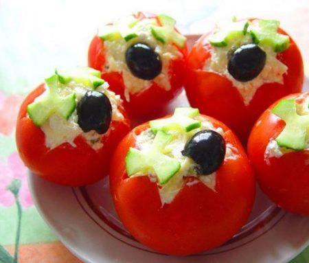 pomidory-farshirovanny-e-sy-rom