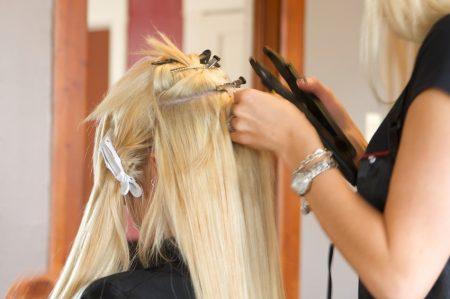 Что из себя представляет наращивание волос