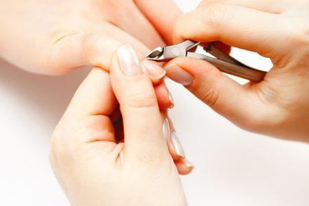 Маникюрные щипцы для обрезания кутикулы