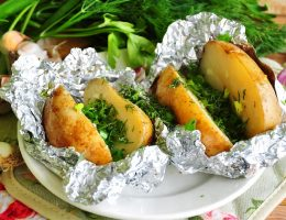 Картофель в фольге как гарнир