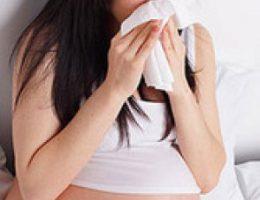 Как лечиться беременной женщине при простуде