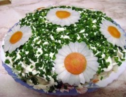Салат ромашковое поле
